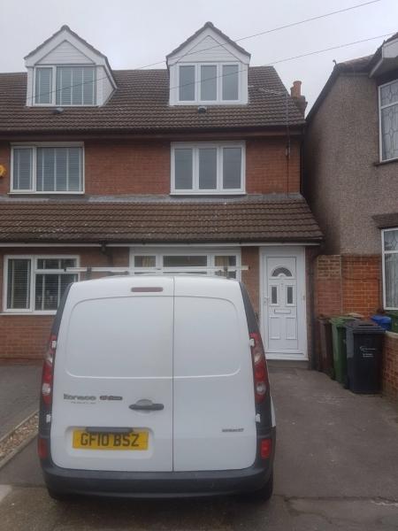 3 bed House to rent on Felhurst crescent