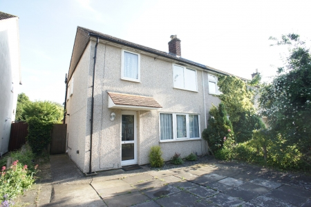 3 bed House for sale on Malletts Road, Cherry Hinton, Cambridge, CB1