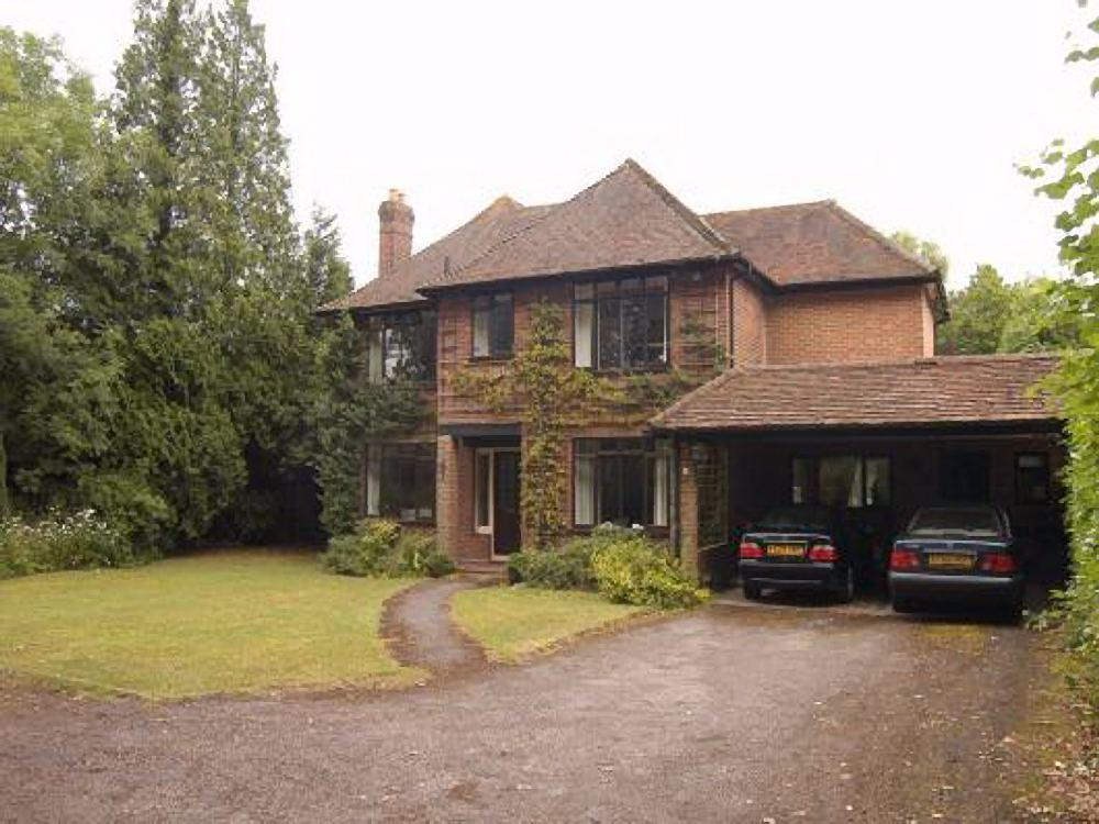 5 bed for sale in Monkfrith Close, London, N14 - Property Image 1