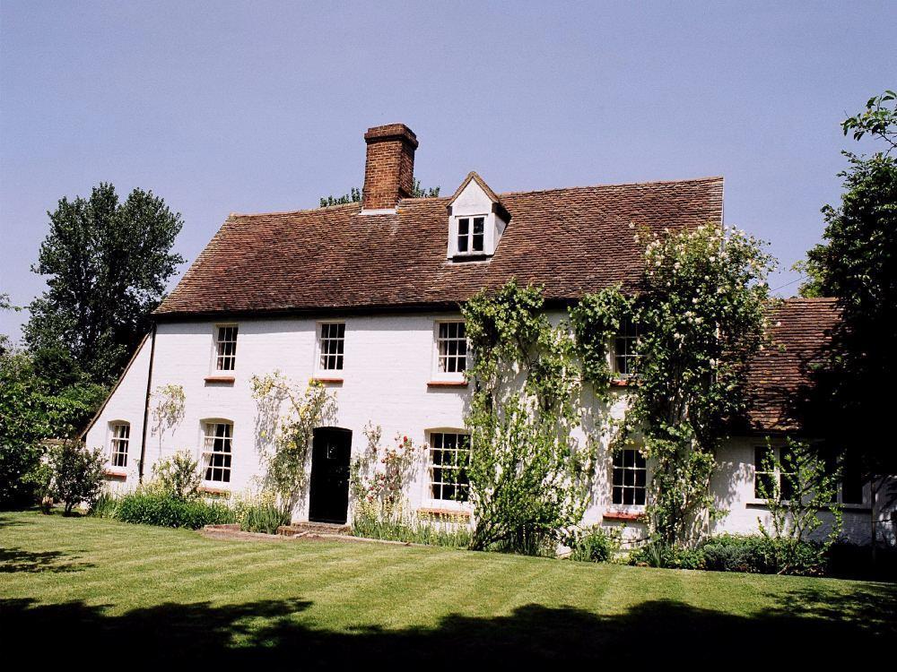 3 bed House for sale in Ivere Drive, New Barnet, Barnet, EN5 - Property Image 1