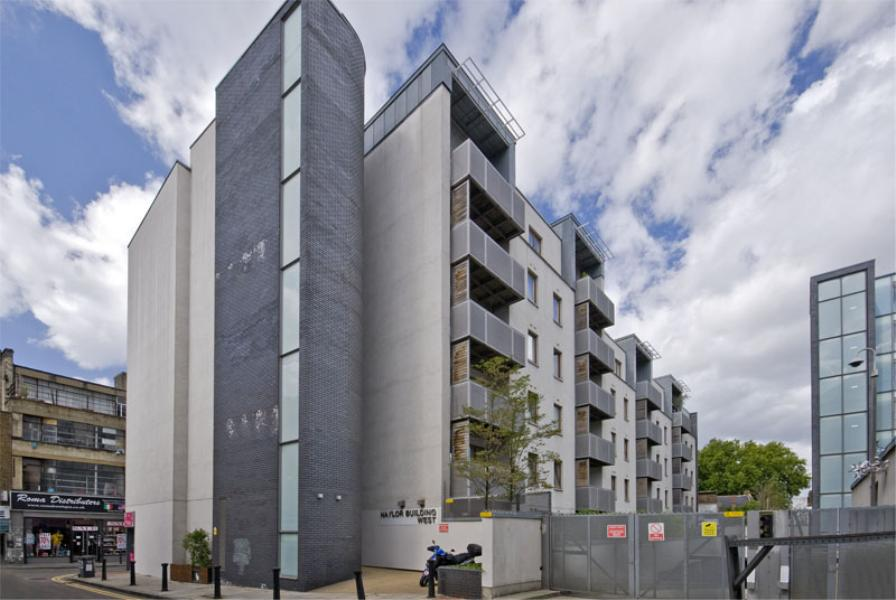 3 bed Apartment to rent in Naylor Building, E1 - Property Image 1