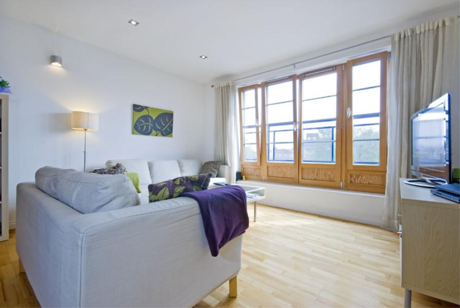 2 bed Apartment for sale in Chicksand Street, E1 - Property Image 1