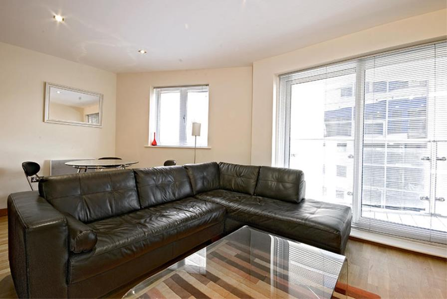 1 bed Apartment to rent in Mint Walk, Croydon, CR0 - Property Image 1