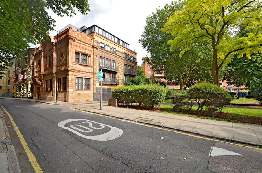 2 bed Apartment to rent in Colt Street, E14 (Short Let) - Property Image 1