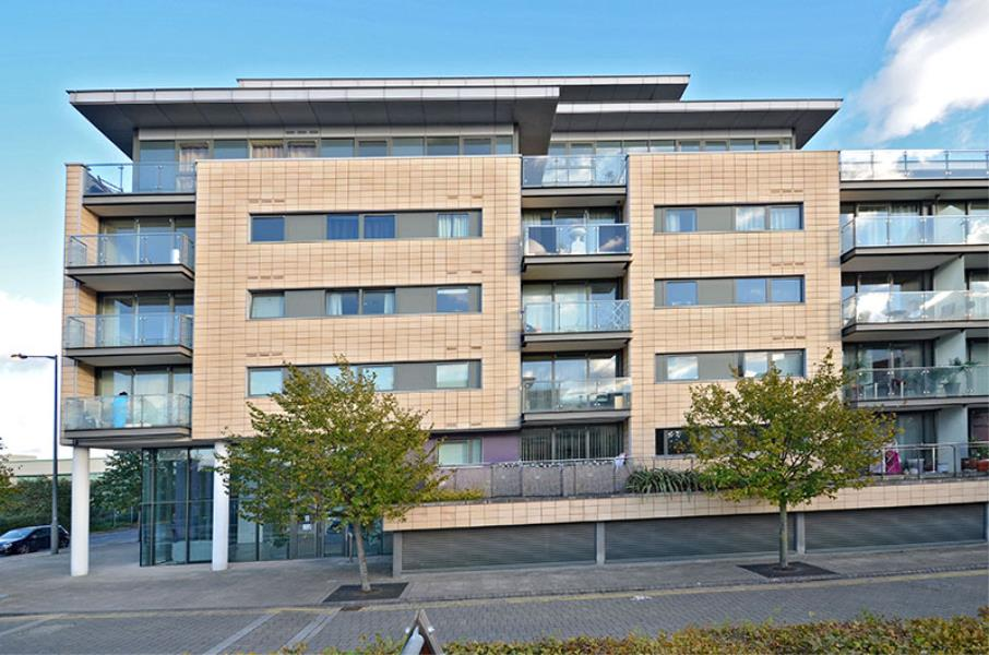 1 bed Apartment for sale in Albert Basin Way, E16 - Property Image 1