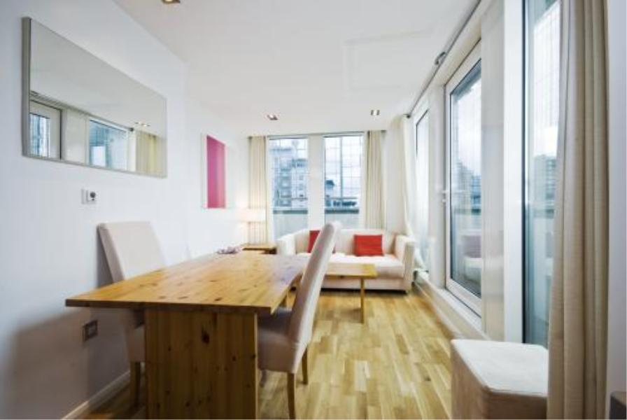 1 bed Apartment to rent in City Tower, E14 - Property Image 1