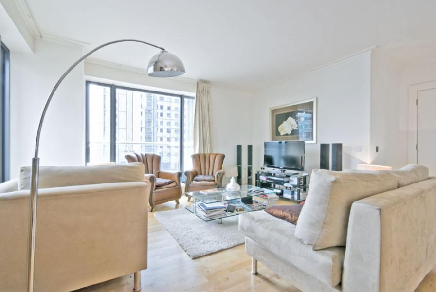 3 bed Apartment to rent in Discovery Dock East, E14 - Property Image 1