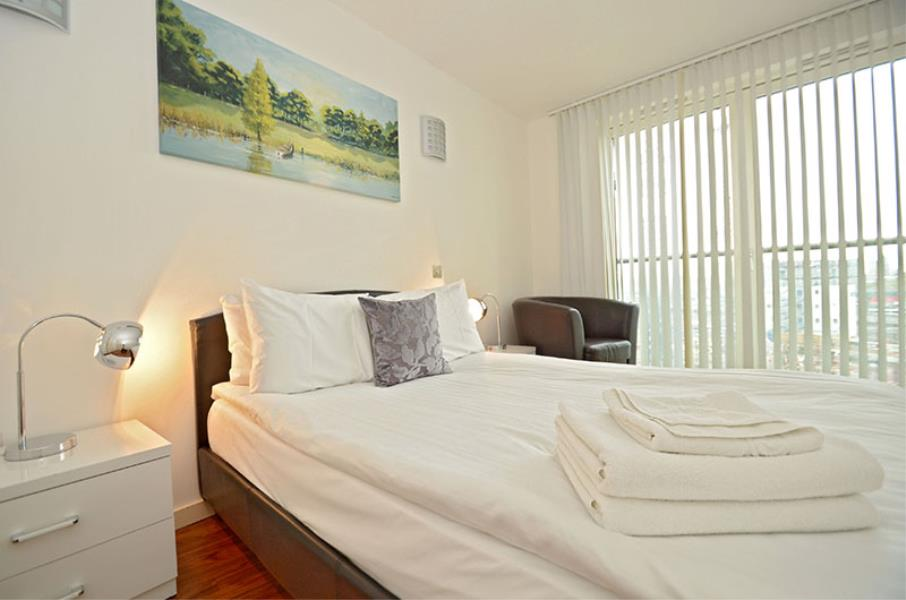 2 bed Apartment to rent in New Providence Wharf, E14 (SHORT LETS ONLY) - Property Image 1