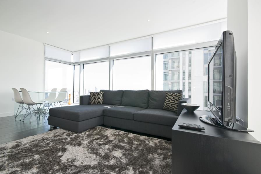 2 bed Apartment to rent in Pan Peninsula West, E14 - Property Image 1