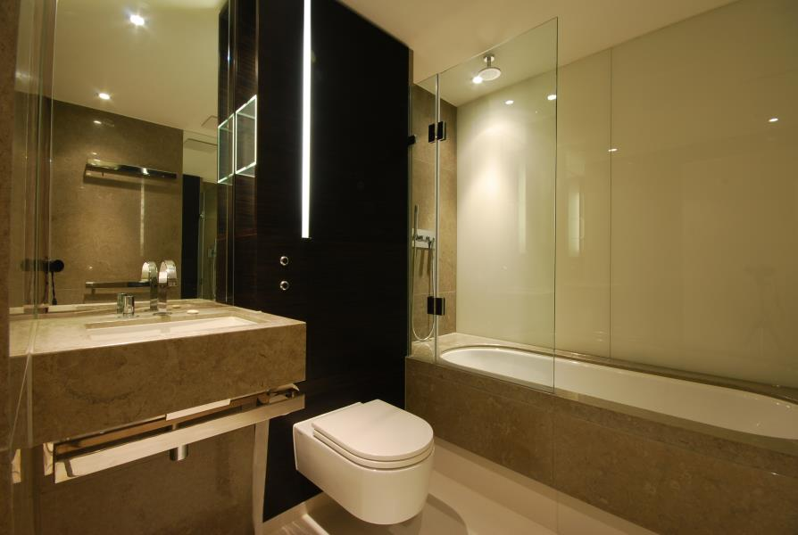 2 bed Apartment to rent in Pan Peninsula, London, E14 - Property Image 1