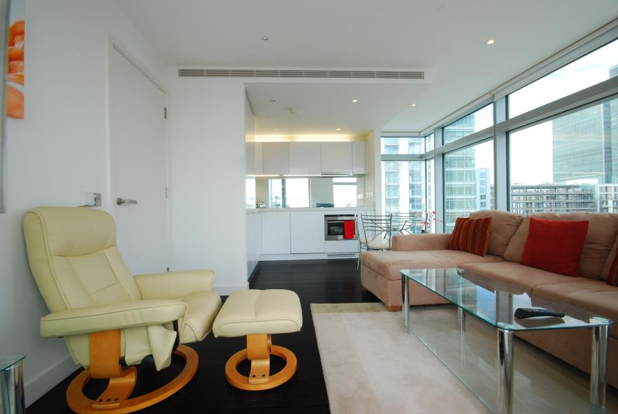 1 bed Apartment to rent in Pan Peninsula, London, E14 - Property Image 1