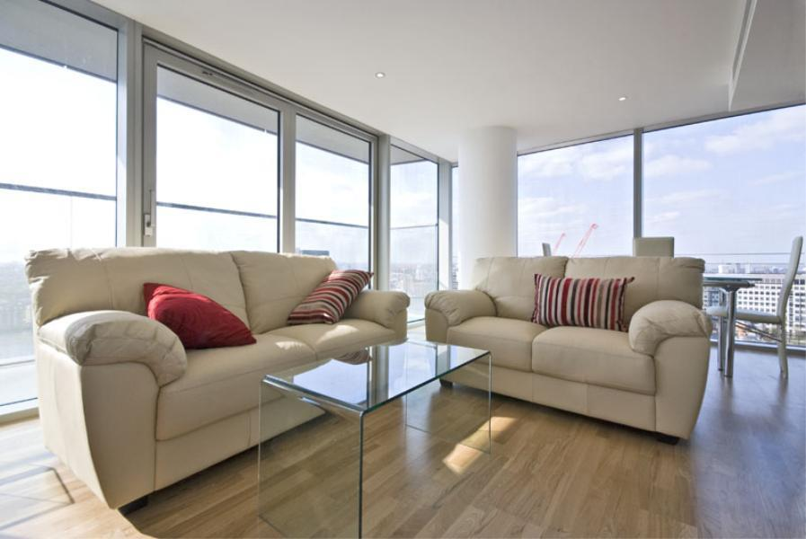 2 bed Apartment to rent in Landmark Tower E14 - Property Image 1