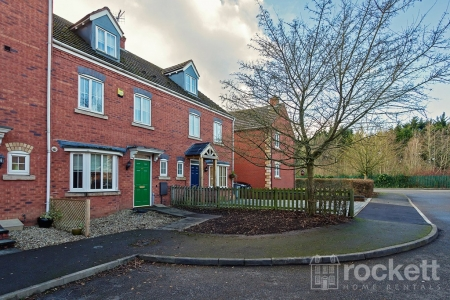 4 bed House to rent in Kennington Oval, Trentham Lakes