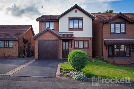 3 bed House to rent in The Elms, Porthill, Newcastle Under Lyme