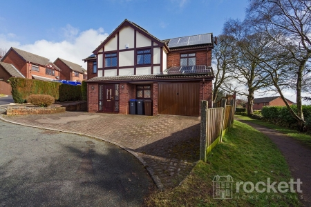 4 bed House to rent in Radley Way, Werrington, Stoke On Trent
