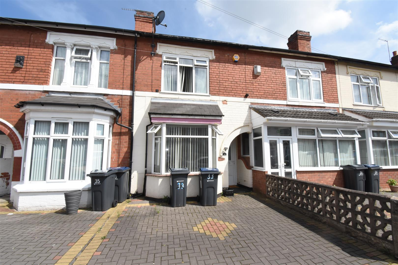 3 bed house for sale in Southern Road, Birmingham, B8