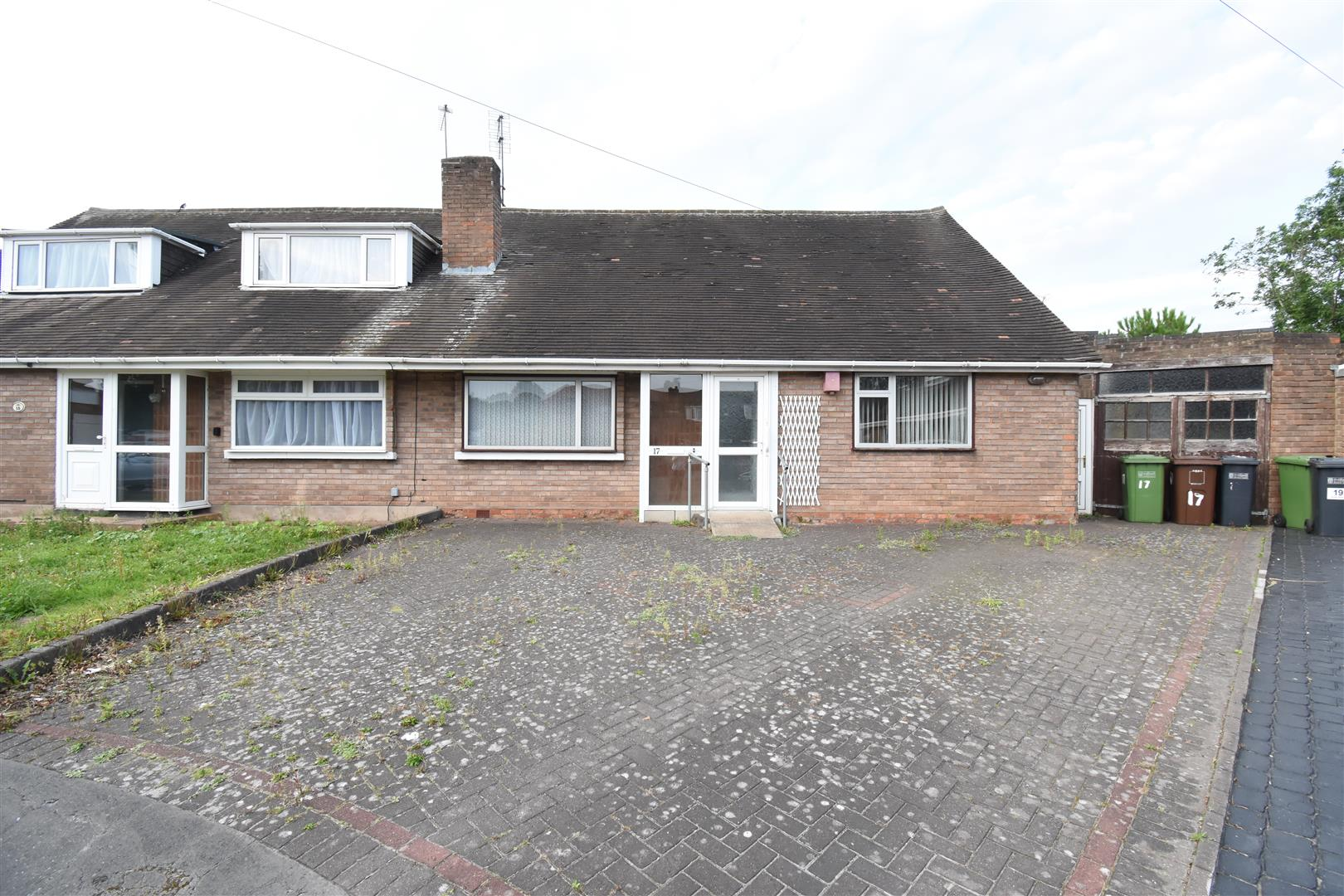 3 bed bungalow for sale in Scott Grove, Solihull, B92
