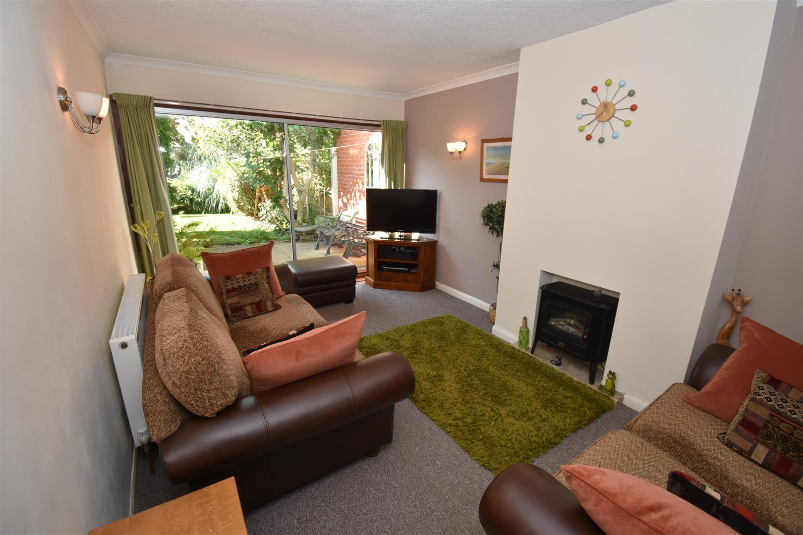 3 bed house for sale in Fowey Road, Hodge Hill, Birmingham 2