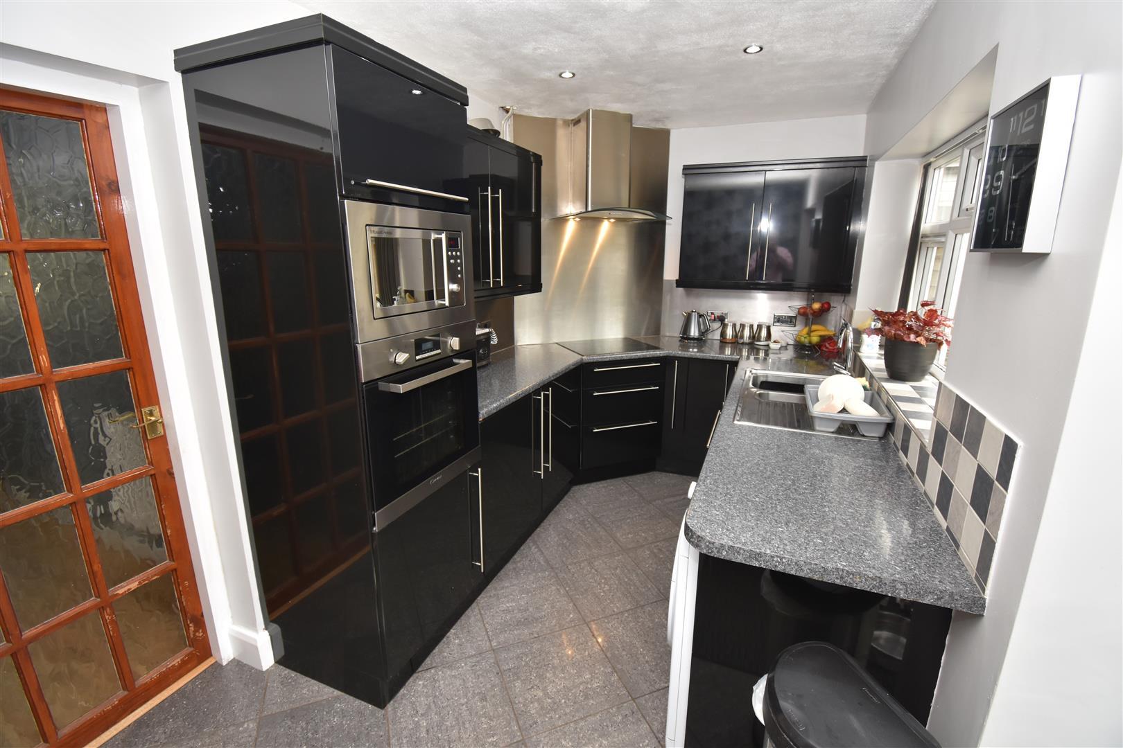 3 bed house for sale in Drews Lane, Birmingham B8 2SL 2