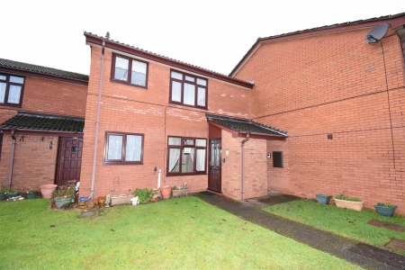 2 bed flat for sale in Alum Rock Road, Birmingham