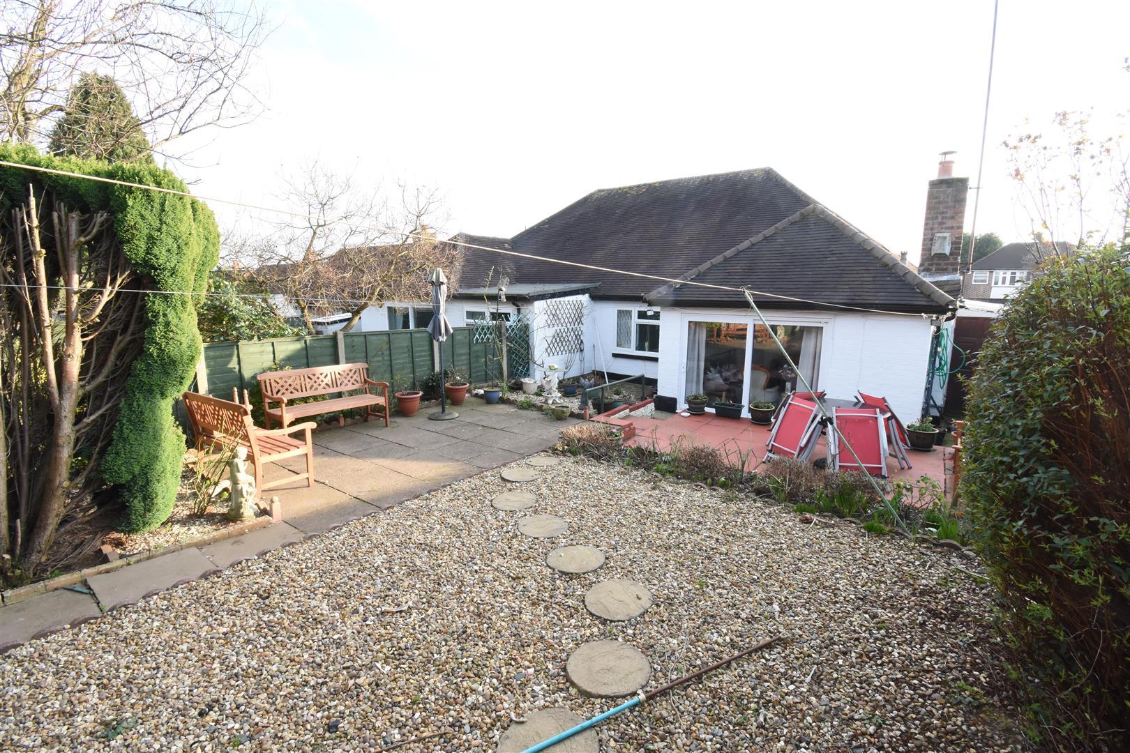 3 bed bungalow for sale in Heath Way, Birmingham 11