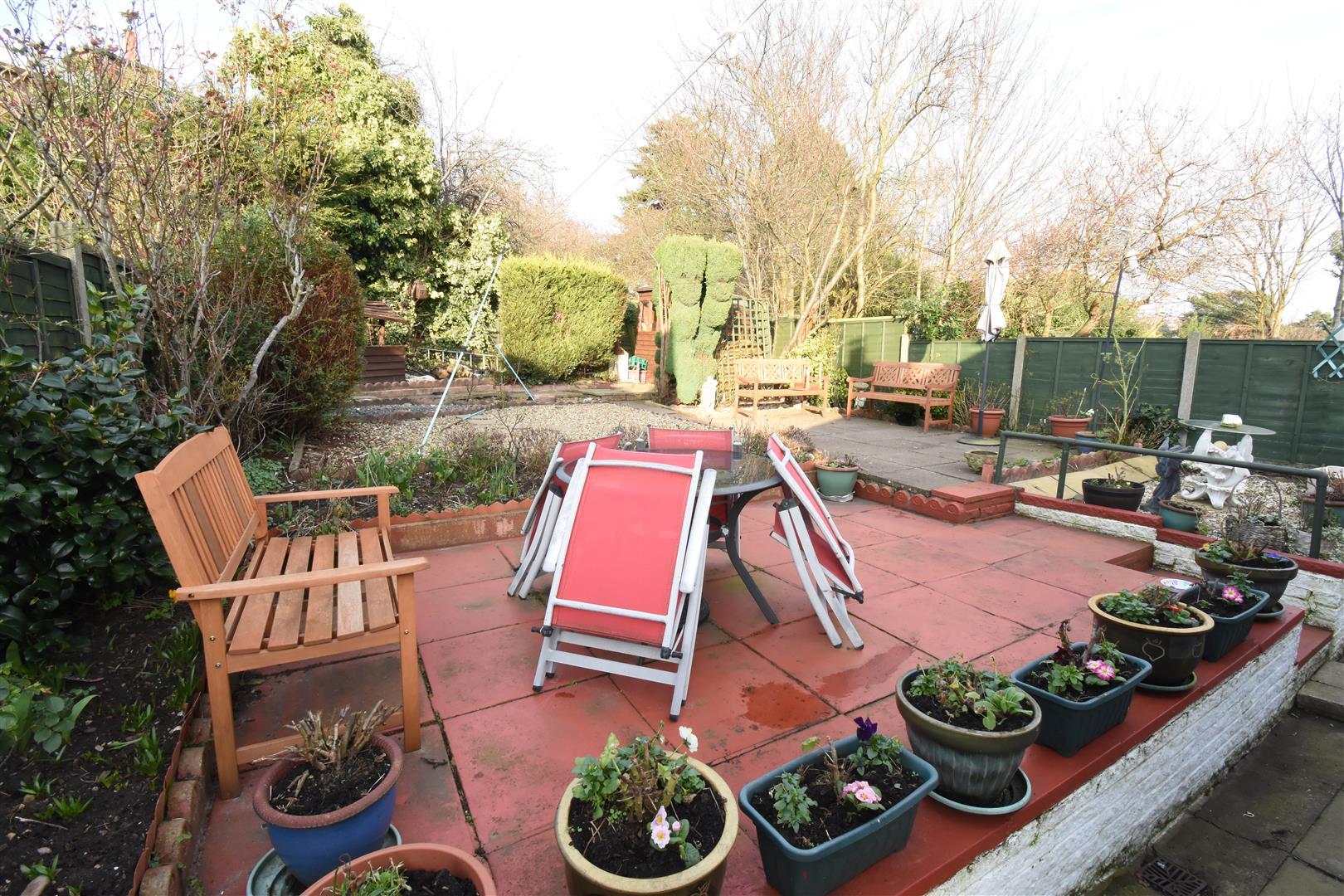 3 bed bungalow for sale in Heath Way, Birmingham 2