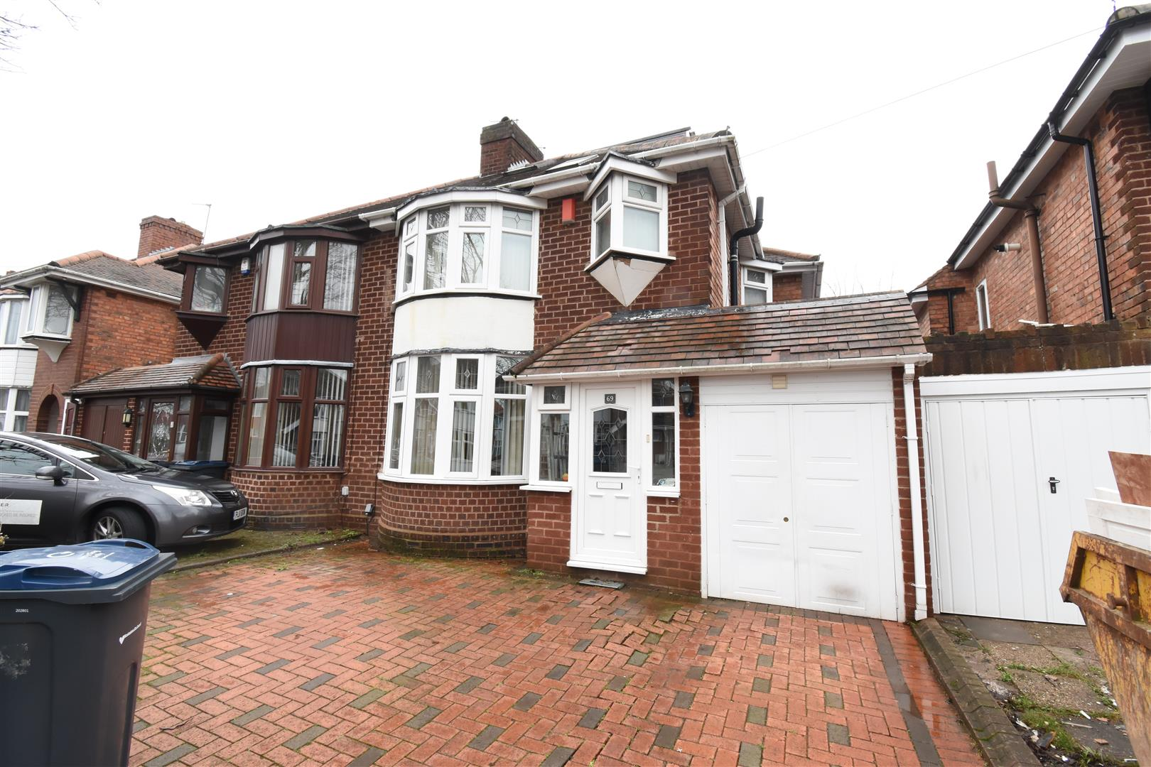 4 bed house for sale in Rymond Road, Hodge Hill, Birmingham, B34