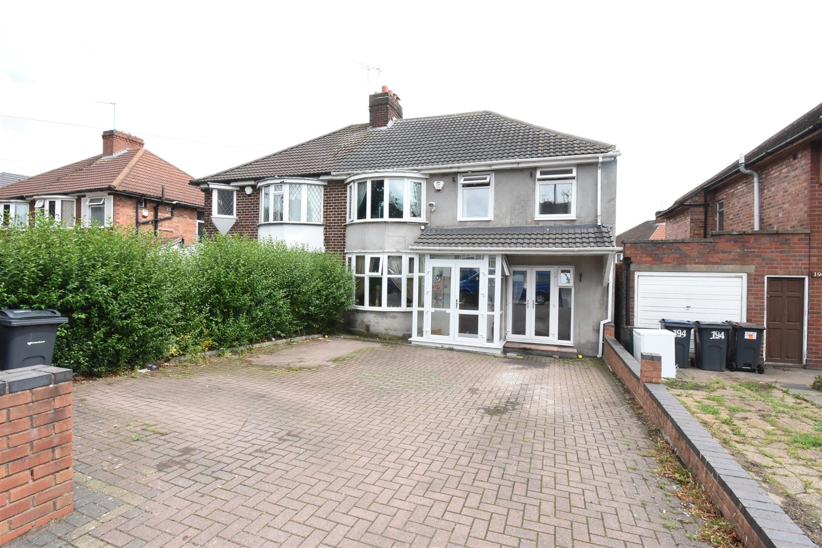 4 bed house for sale in 196 Stechford Road, Hodge Hill, Birmingham, B34