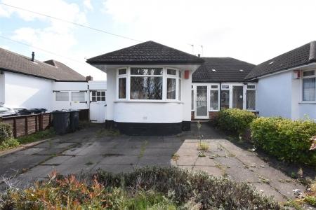 3 bed bungalow for sale in Ashville Avenue, Castle Bromwich, Birmingham