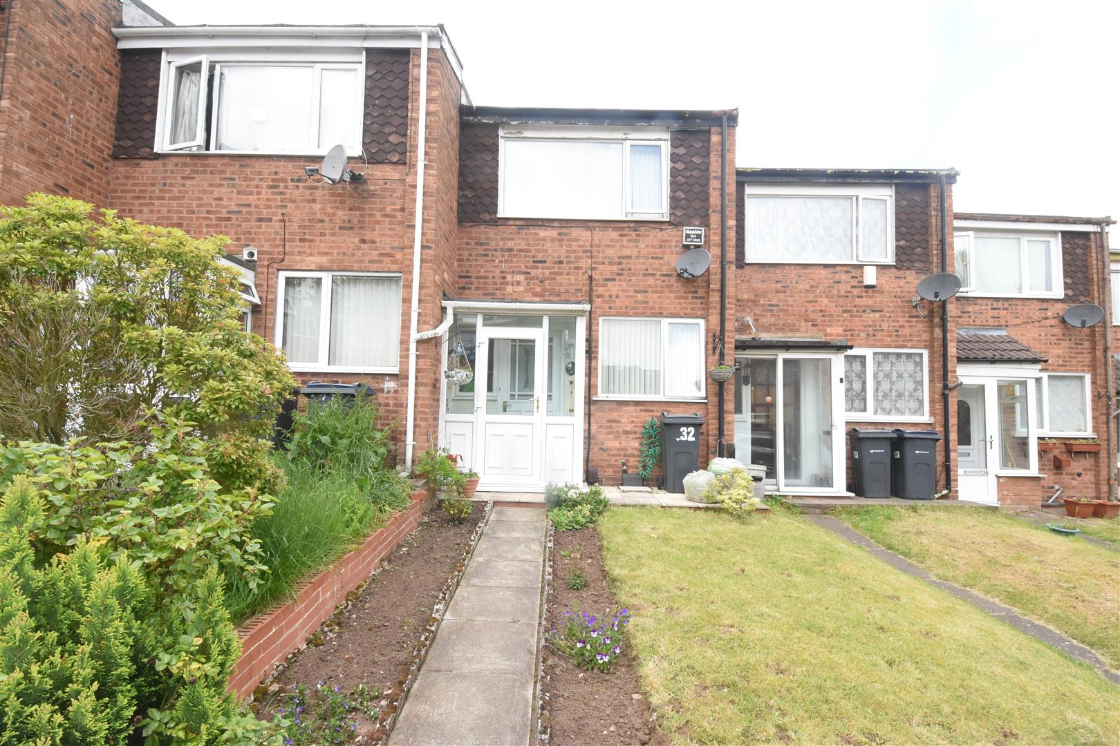 2 bed house for sale in Oxford Close, Ward End, Birmingham - Property Image 1