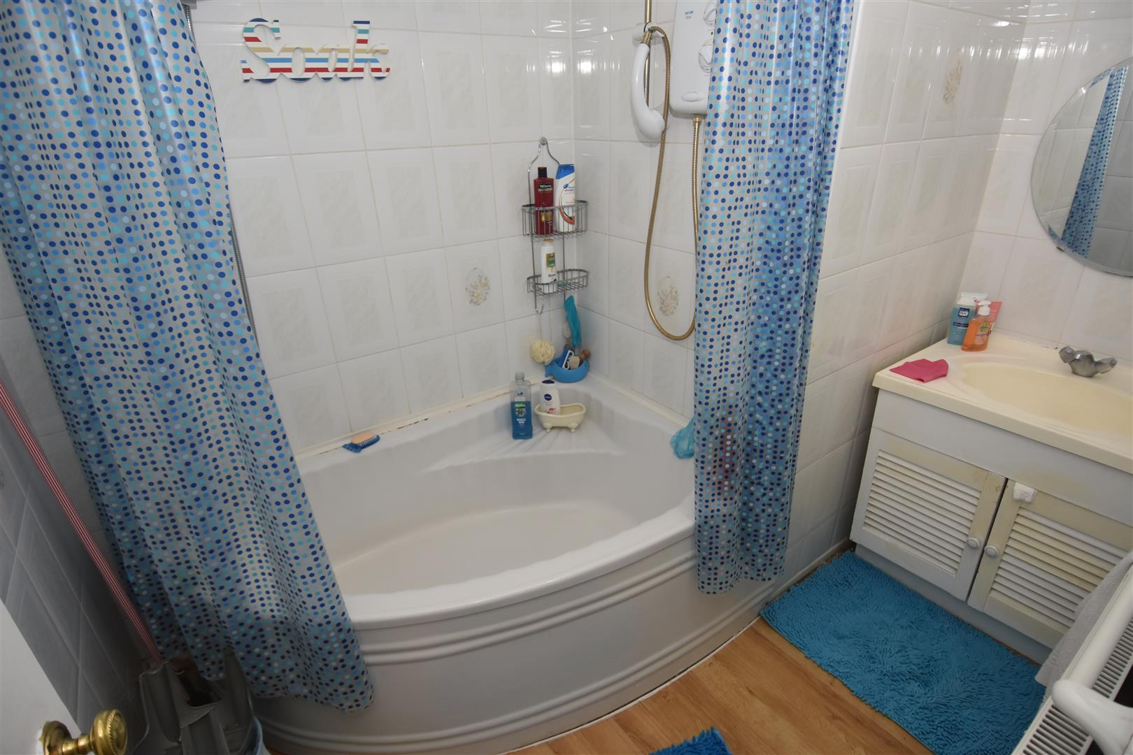 2 bed house for sale in Oxford Close, Ward End, Birmingham 7