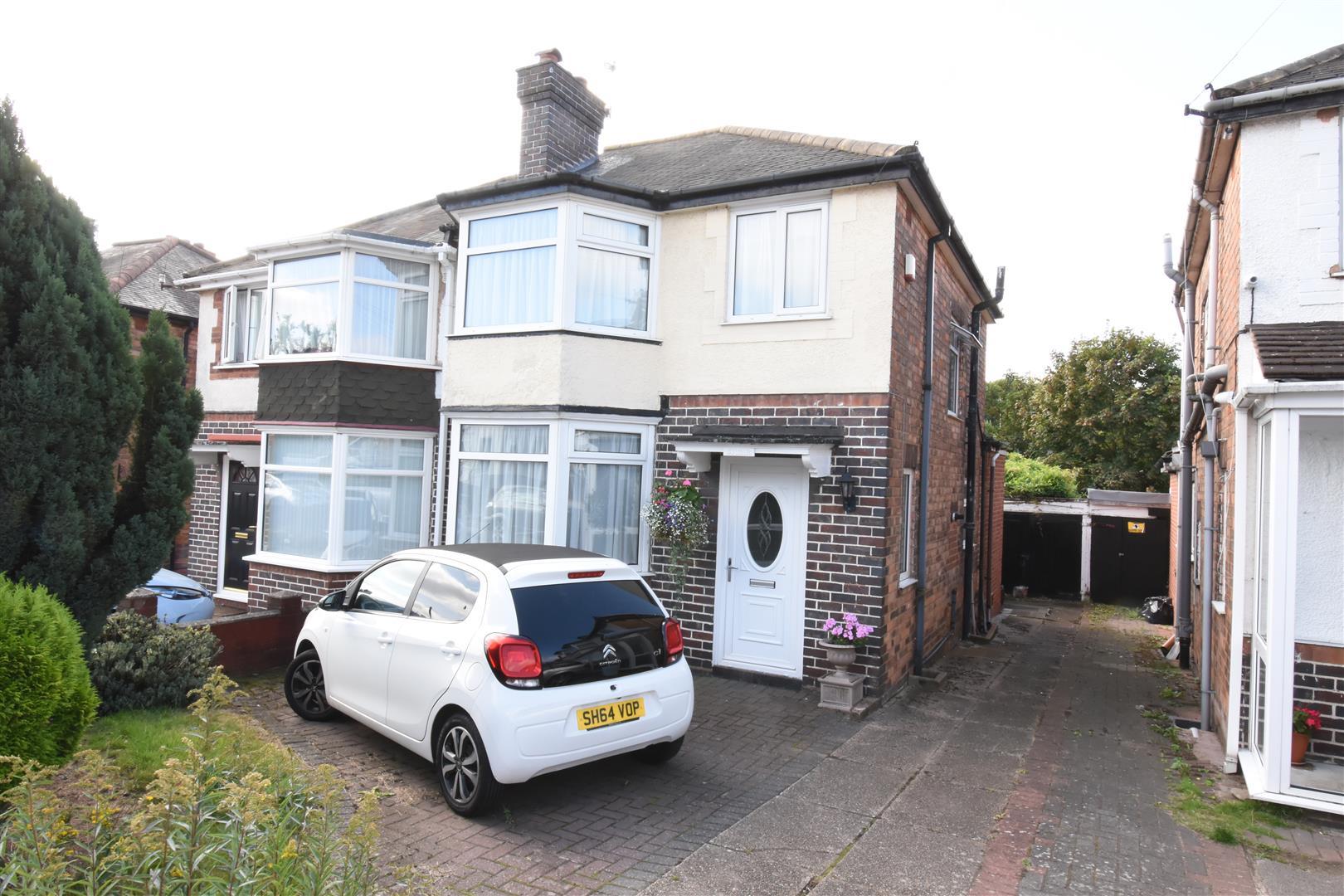 3 bed house for sale in Ermington Crescent, Birmingham, B36