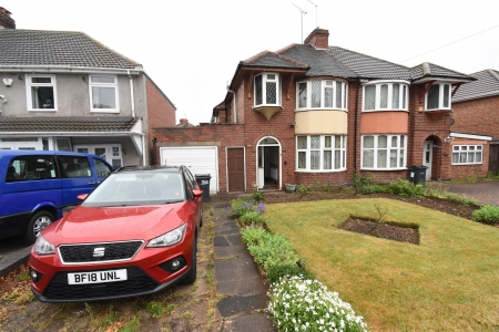 3 bed house for sale in Stechford Road, Hodge Hill, Birmingham