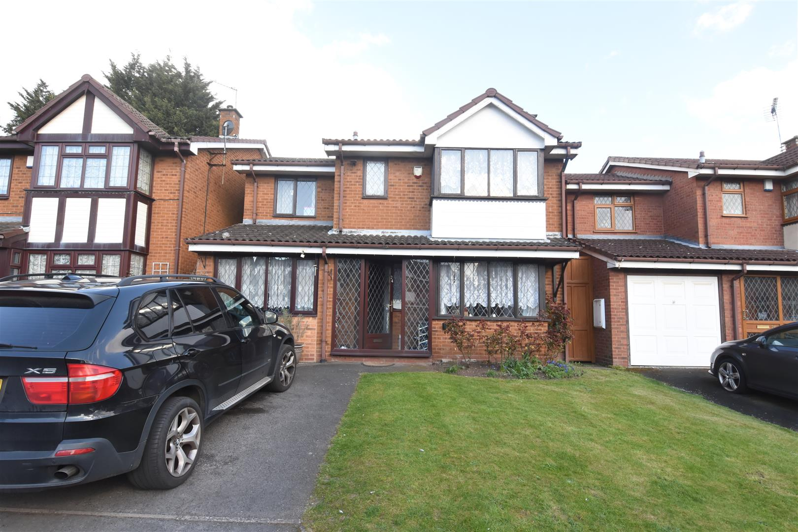 4 bed house for sale in Johnson Close, Hodge Hill, Birmingham, B8