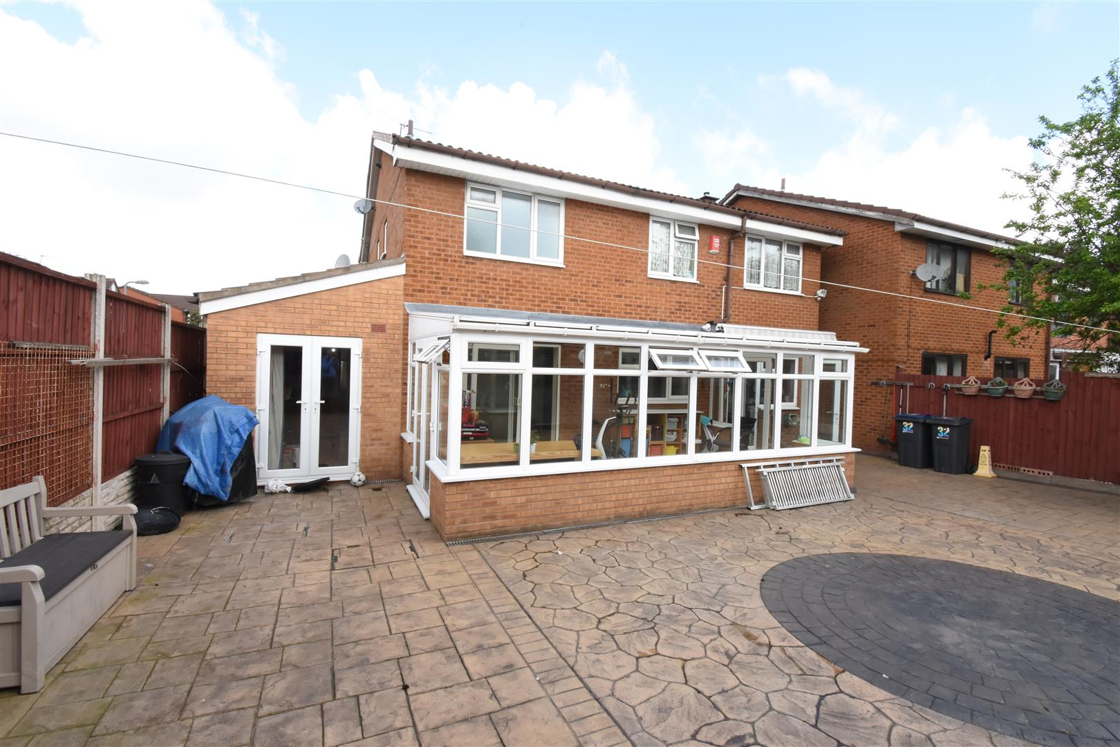 5 bed house for sale in Johnson Close, Hodge Hill, Birmingham 2