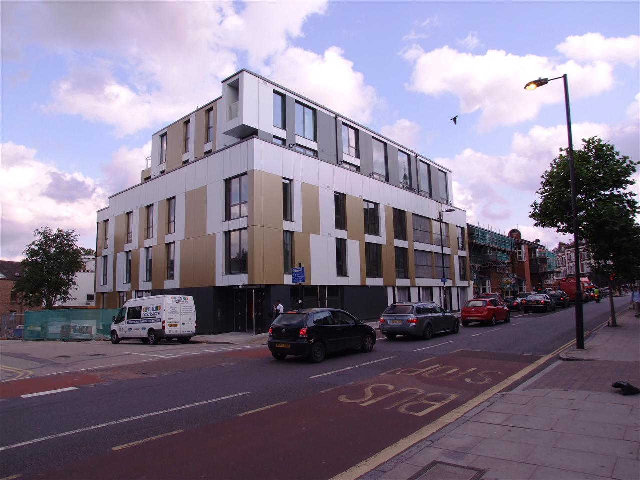 3 bed flat to rent in The Junction, 243 Junction Road, London, N19