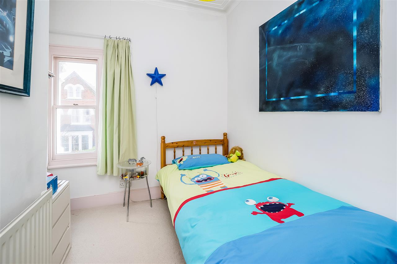 6 bed house for sale in Fairmead Road, London 8