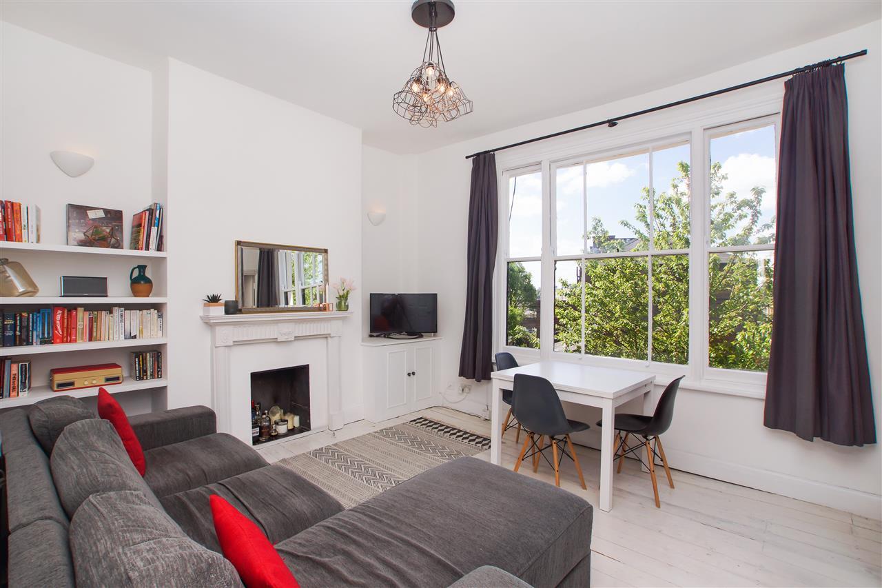 2 bed apartment for sale in Pemberton Gardens, London, N19