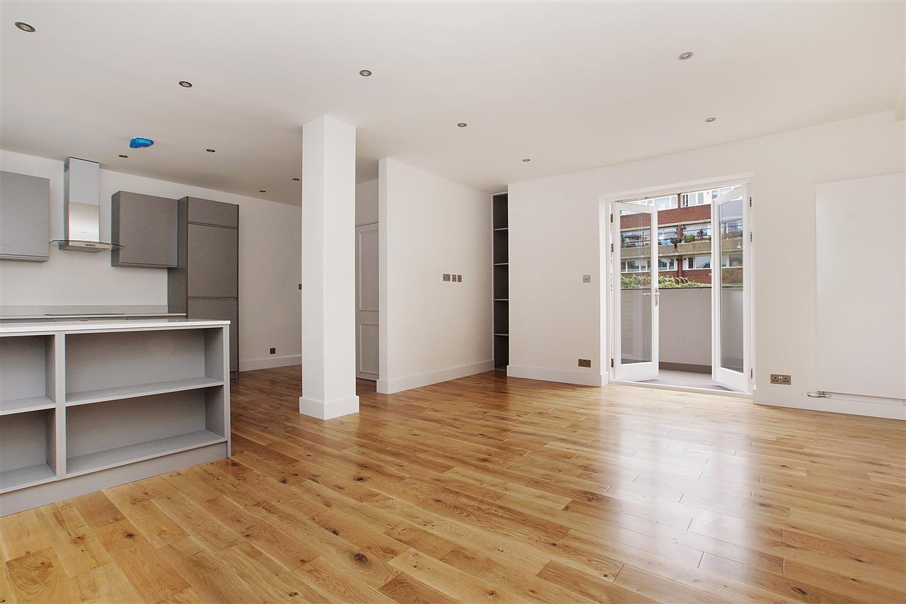 2 bed flat for sale in Tremlett Grove, London, N19