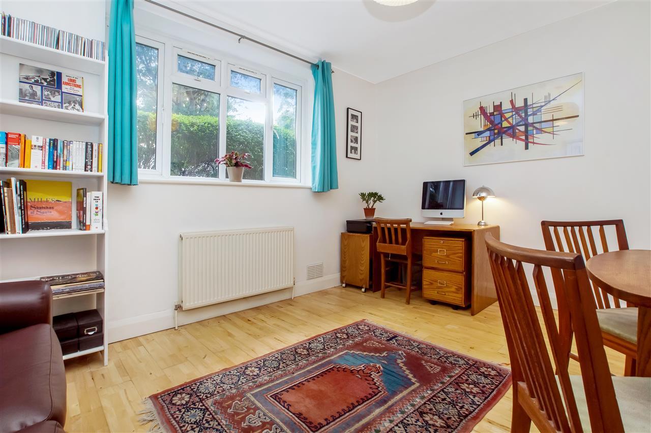 1 bed flat for sale in Carleton Road, London, N7