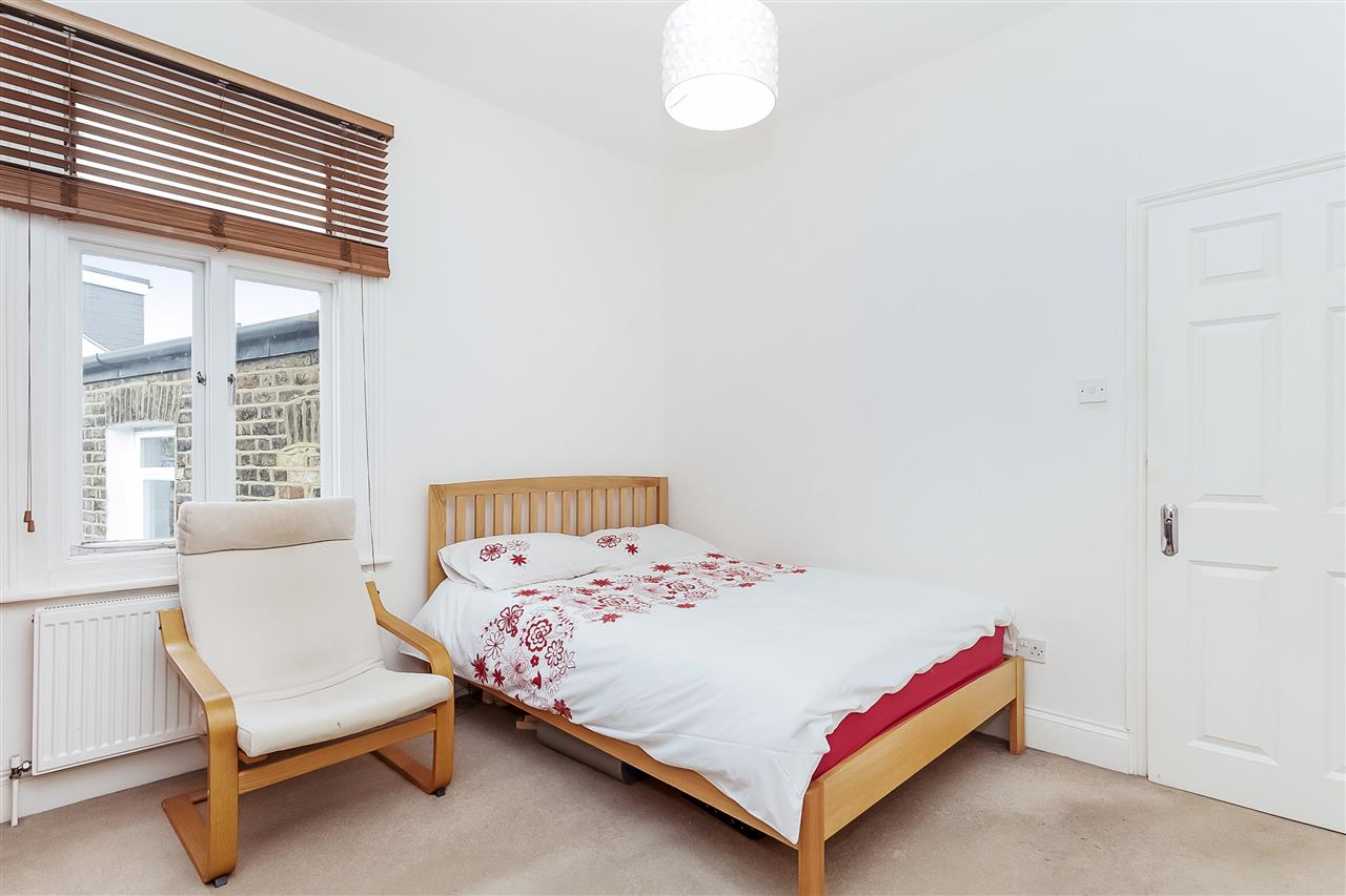 3 bed house for sale in Tytherton Road, London 10