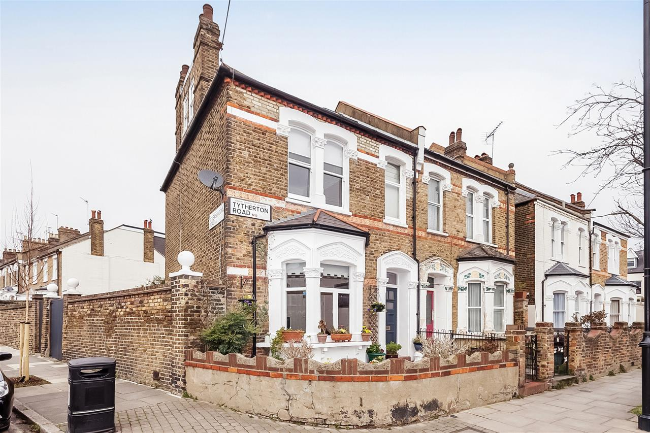 3 bed house for sale in Tytherton Road, London 15