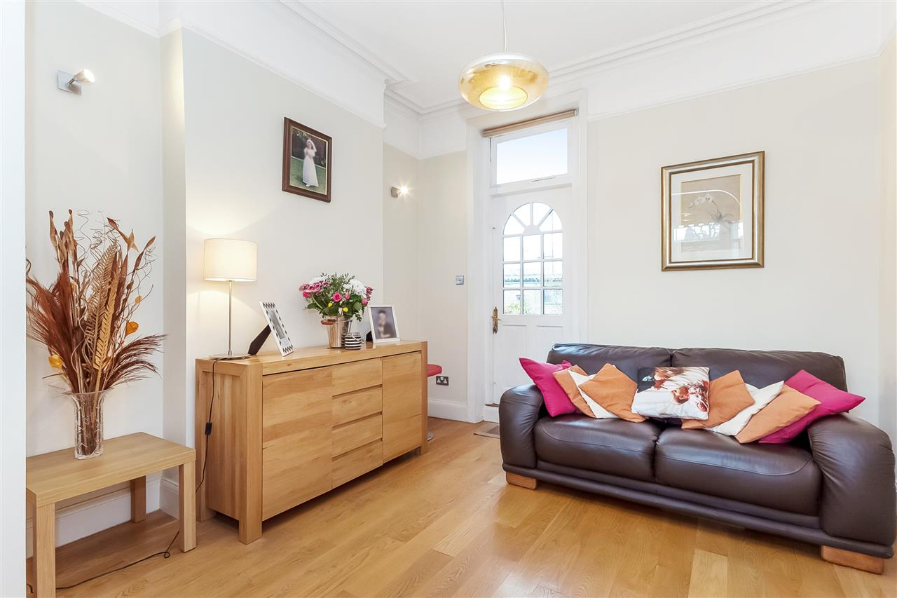 3 bed house for sale in Tytherton Road, London 4