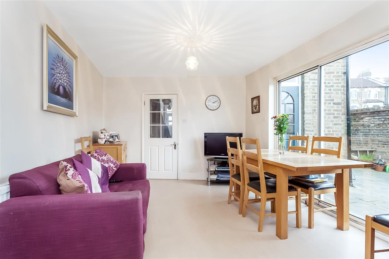 3 bed house for sale in Tytherton Road, London 7