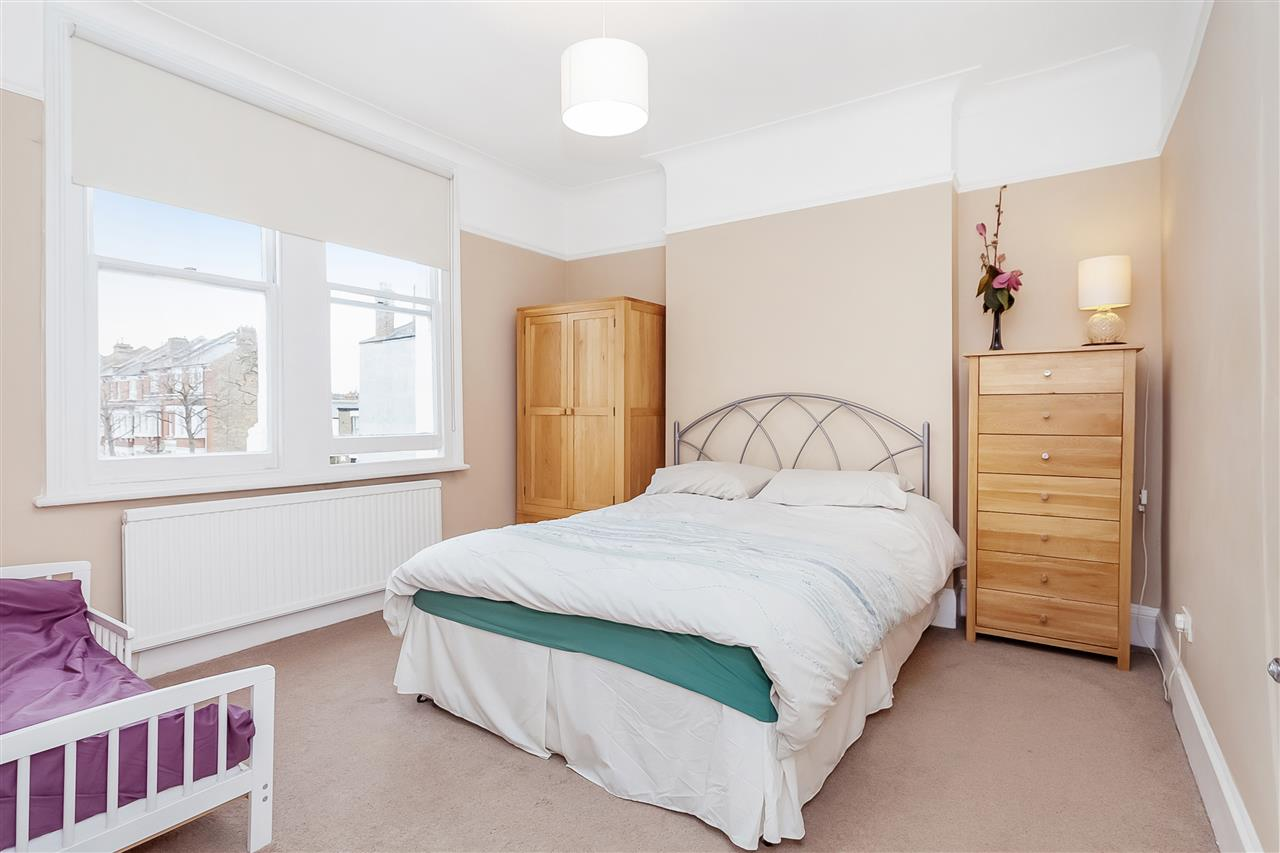 3 bed house for sale in Tytherton Road, London 8