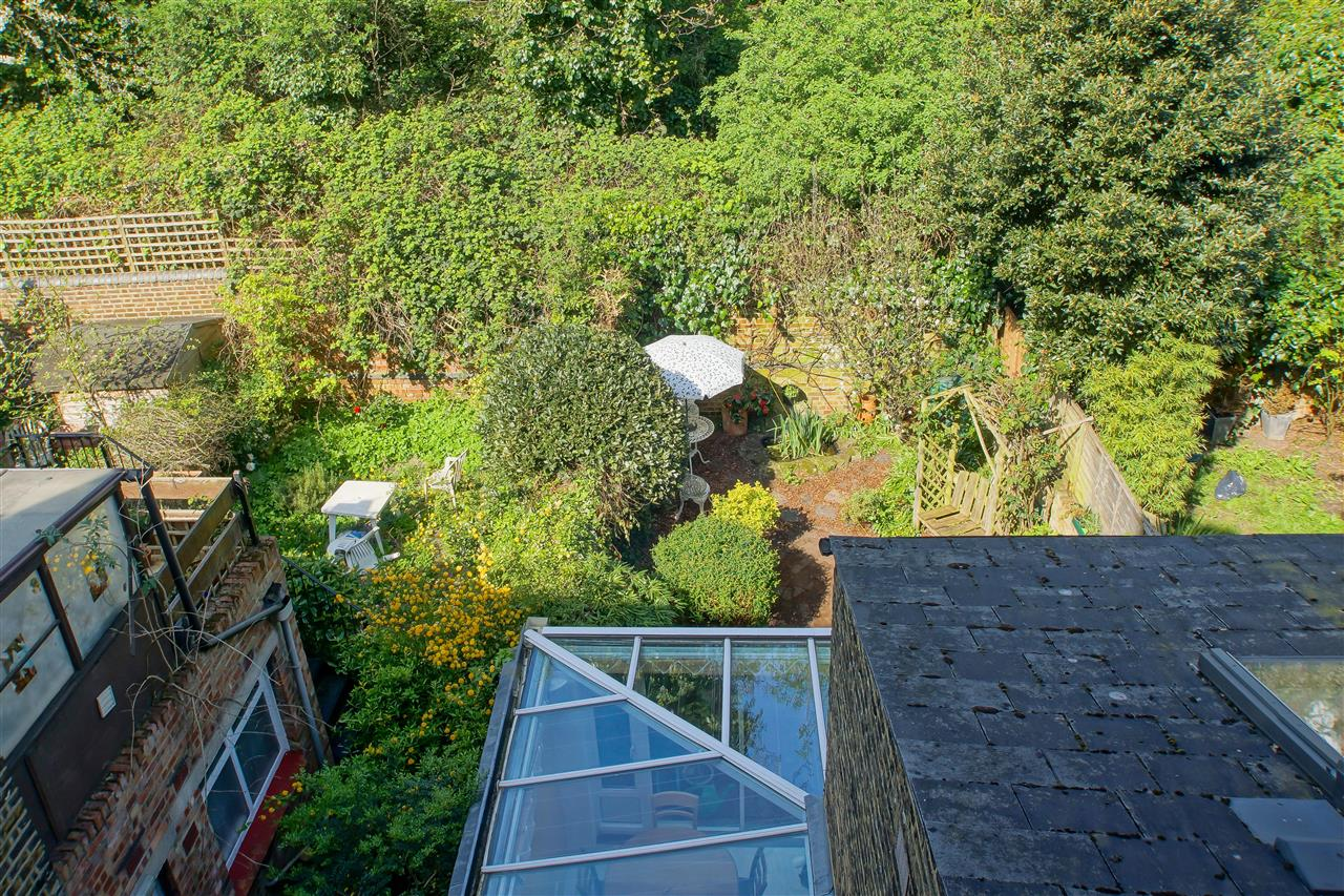 4 bed house for sale in Burghley Road, London 14