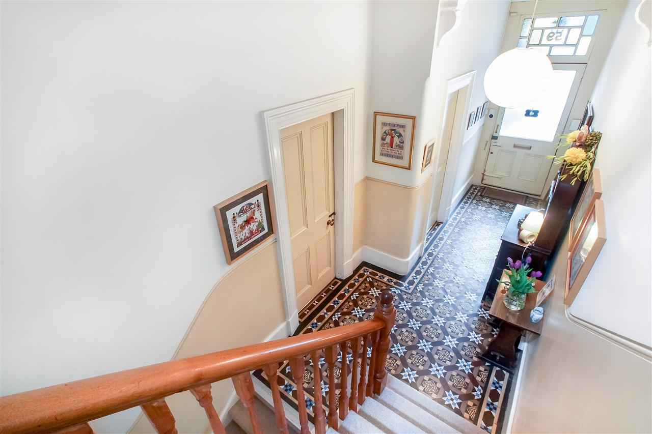 5 bed house for sale in Tytherton Road, London 11