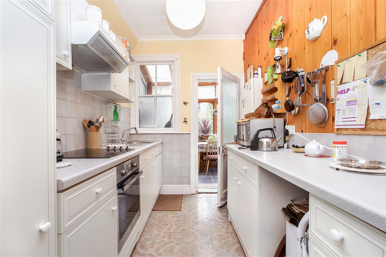 5 bed house for sale in Tytherton Road, London 5
