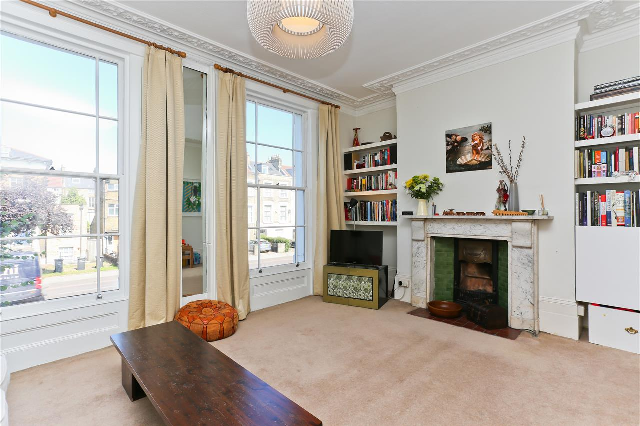 3 bed flat for sale in Tollington Road, London, N7
