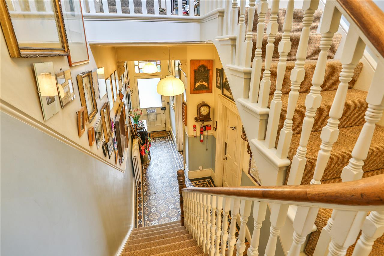 5 bed house for sale in Tytherton Road, London 16